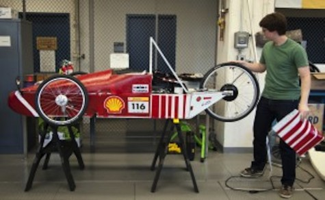 College team in a race to save gas