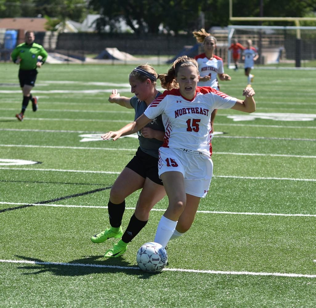 Northeast women's soccer comes up short against Iowa Lakes, 2-1