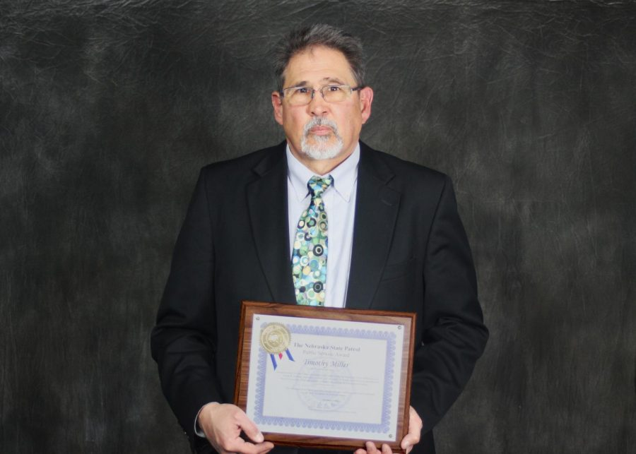 Northeast Community College Media Arts instructor Timothy Miller receives Public Service Award from Nebraska State Patrol Troop B