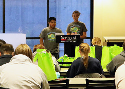 """Students volunteer """"for the win"""" at Northeast Community College"""