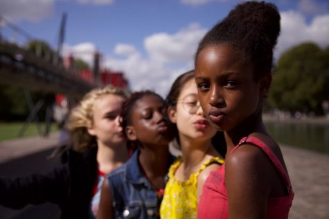 Netflix apologizes after thousands call to remove film that 'sexualizes' young girls