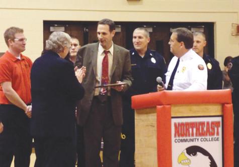 Women's Basketball Coach Displays Act of Heroism