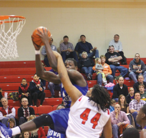 Northeast Men's Basketball Can't Recover in Loss