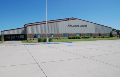 Northeast Chuck M  Pohlman Ag Complex Is Site Of 9th Annual Indoor