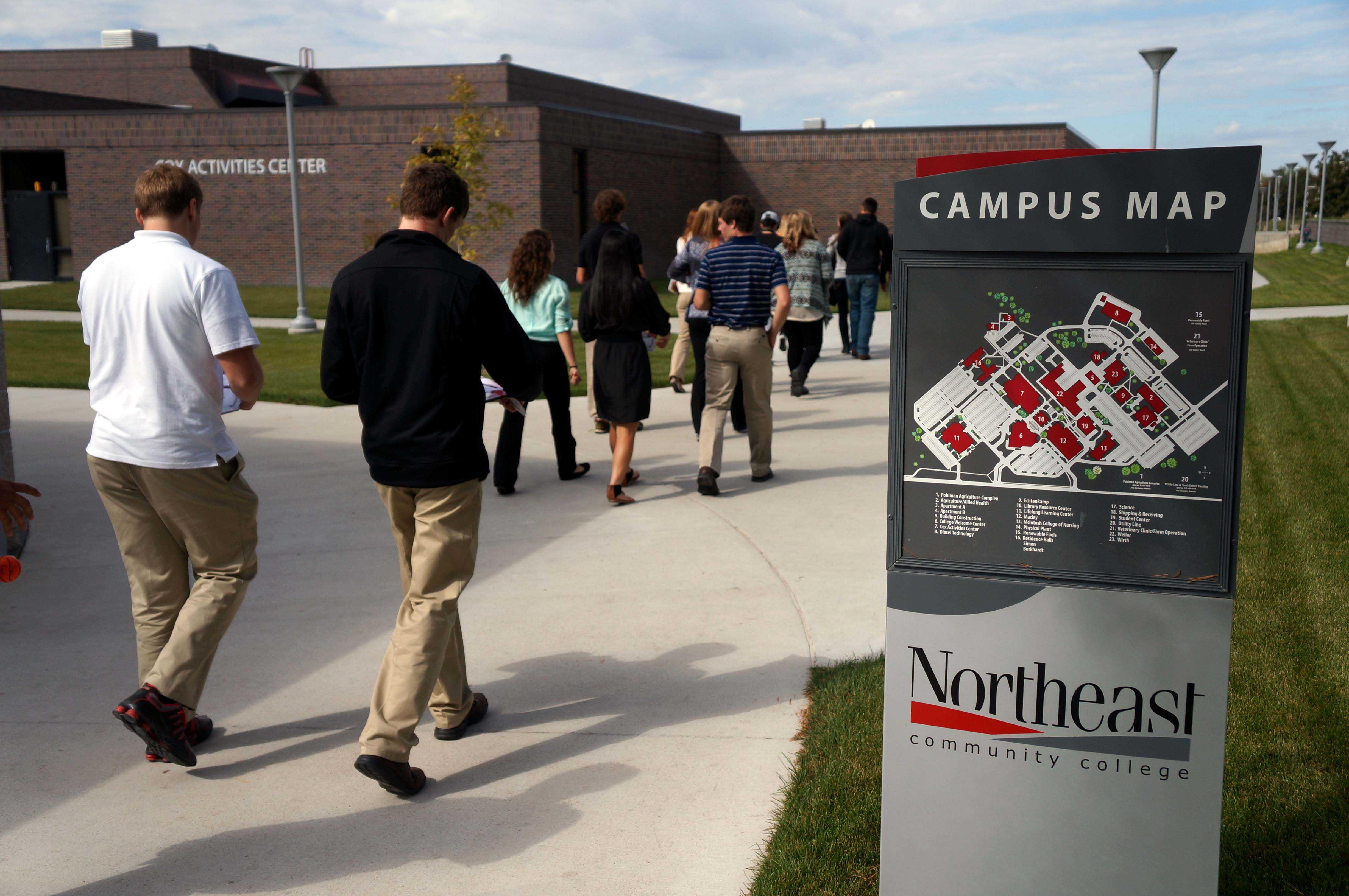 Northeast Nebraska high school students tour Northeast Community College for the Business and Technology Career Day.