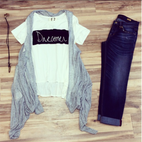Graphic tee and boyfriend fit jeans