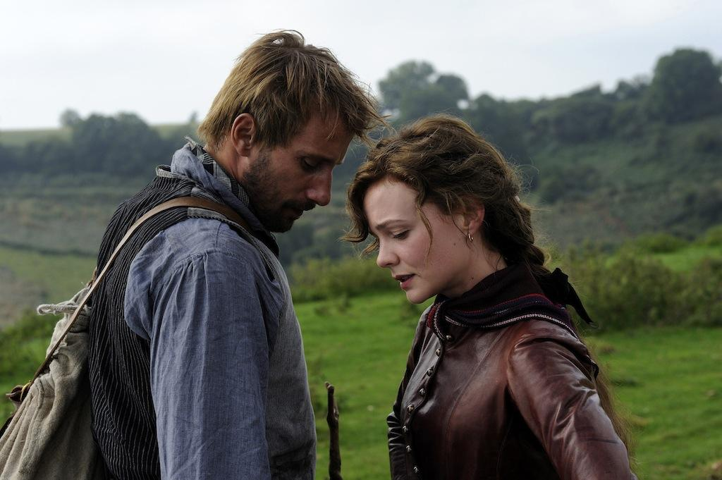 Matthias Schoenaerts as Gabriel Oak and Carey Mulligan as