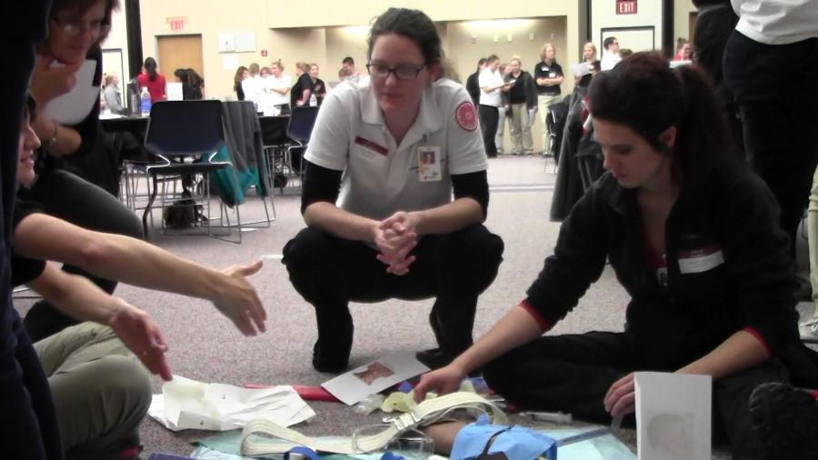 Medical students practice team building for emergency situations