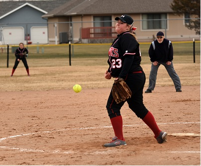 Northeast Softball Splits Doubleheader With Central