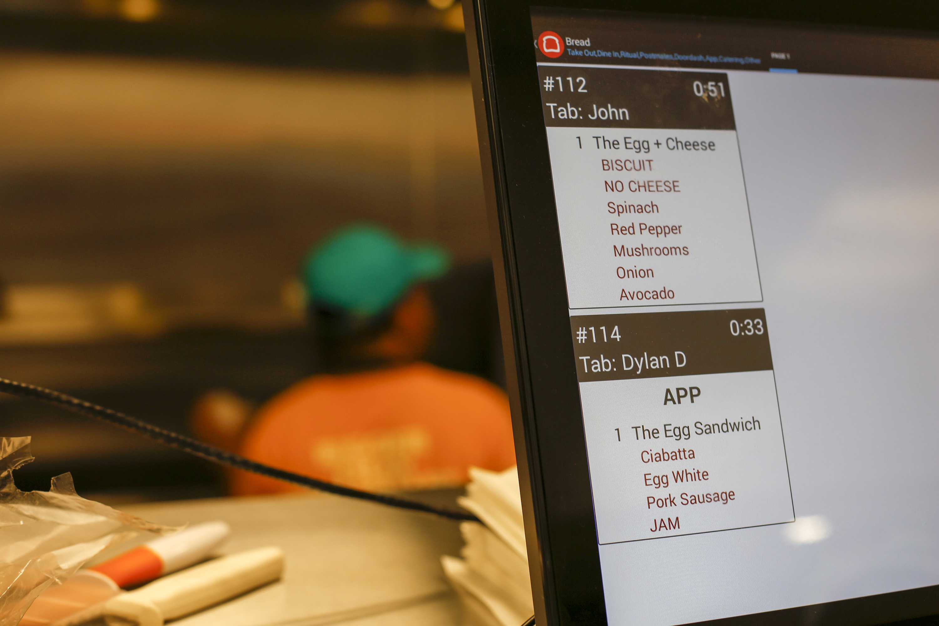An app order for Dylan Dowd is shown on the screen as he places his order via an app he used at Eastman Egg at Ogilvie Transportation Center on Sept. 12, 2016 in Chicago. Eastman's app technology, called geo fencing, allows a customer to order at any time and their food is prepared only when the customer gets close to the restaurant.  (Jose M. Osorio/Chicago Tribune/TNS)