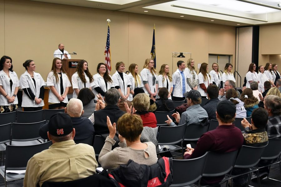 Northeast veterinary technology students receive coats and pins at ceremony