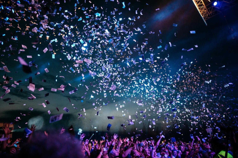 Grammy Champ Billie Eilish To Perform On The 2020 Oscars Telecast